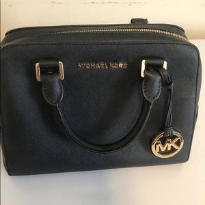 Micheal kors bag two way